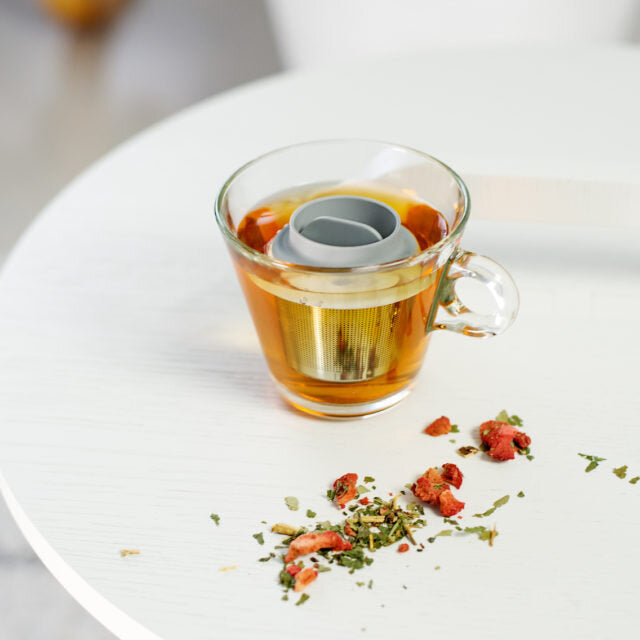 Floating Tea Infuser by Lippa