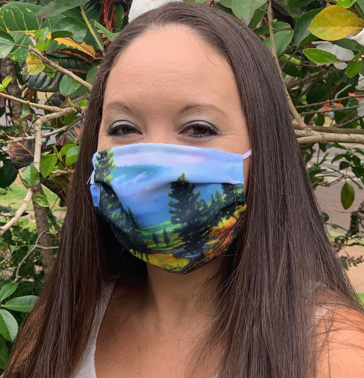 Lana'i Pines Face Mask