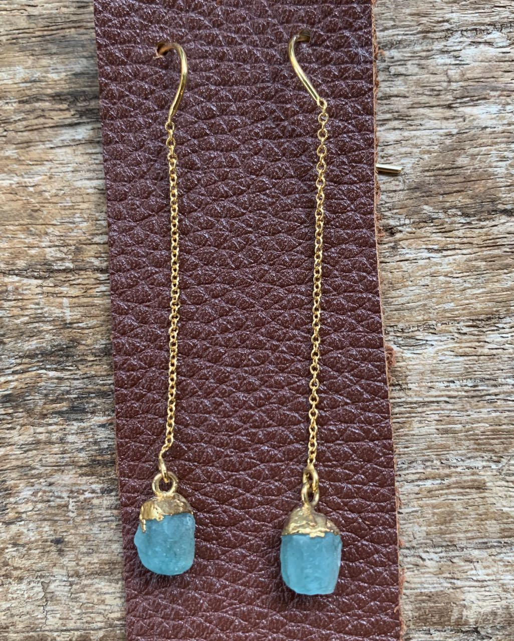 2Dy4: Natural Blue Apatite & 14K Gold-filled Threaders