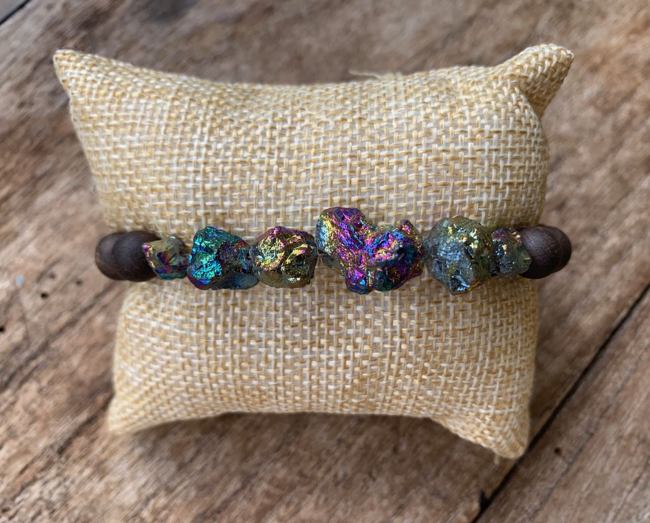 2Dy4: Peacock Druzy & Wood Bead Stretch Bracelet