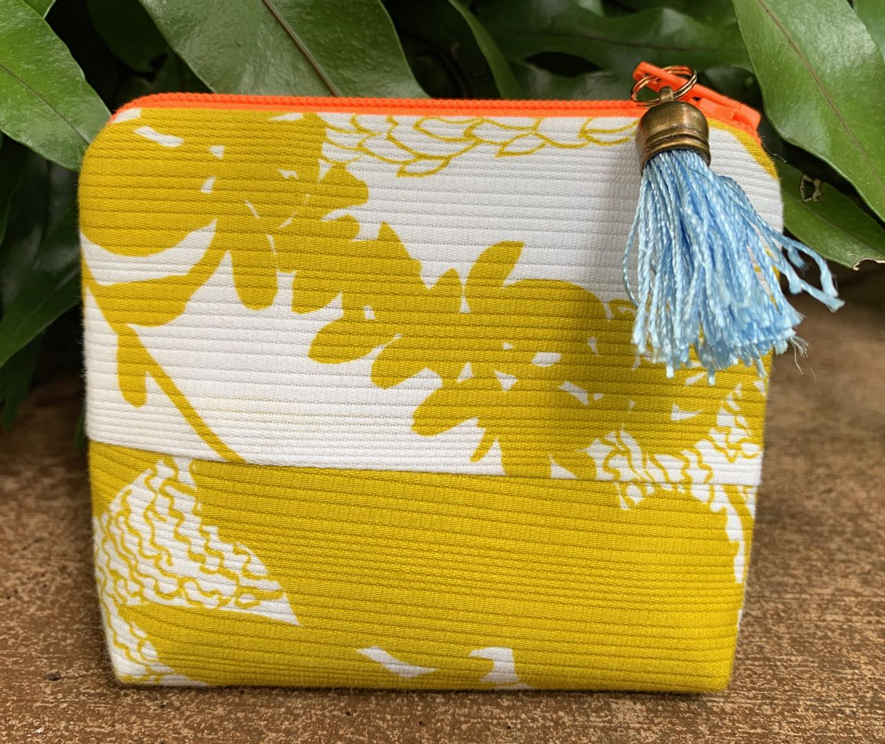 "Cory Lovejoy: ""Afternoon Lei"" Clutch"
