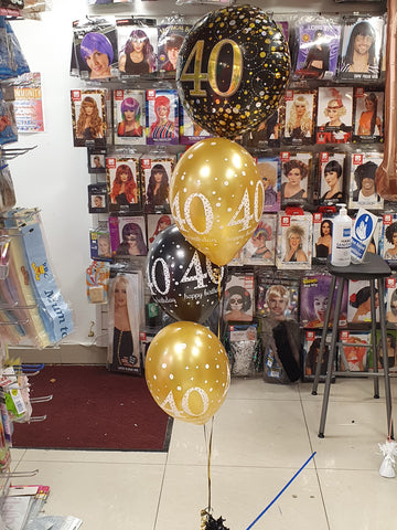 Black and gold 40th birthday balloon bouquet