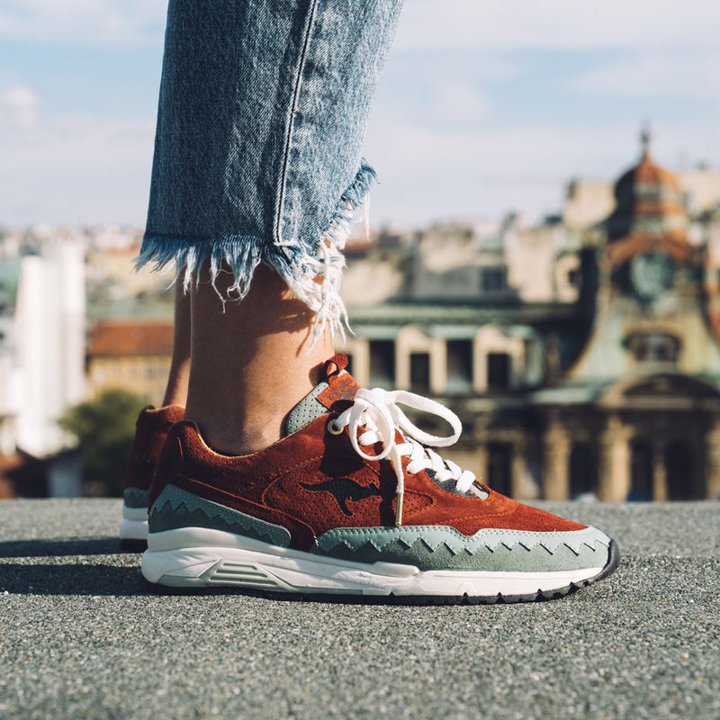 "KangaROOS x Footshop ""The City Of A Hundred Spires"""