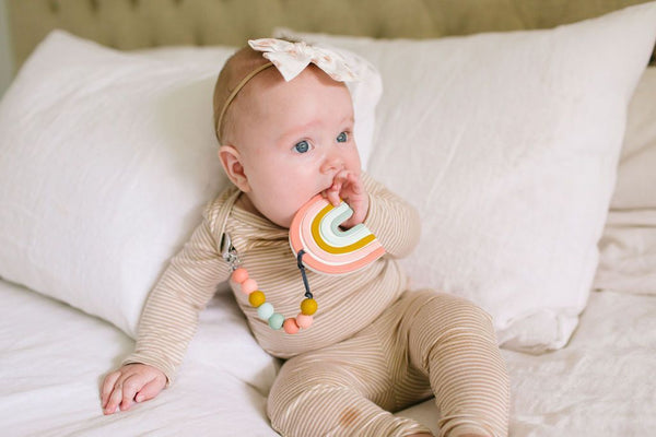 Loulou LOLLIPOP Silicone Teether with Clip - Pastel Rainbow