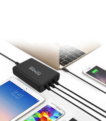 92.5W black Charger charging macbook, iphone and ipad at the sam time