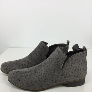 Primary Photo - BRAND: DR SCHOLLS STYLE: BOOTS ANKLE COLOR: GREY SIZE: 9.5 OTHER INFO: NEW! SKU: 128-5084-123