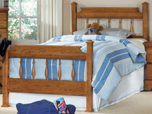 Load image into Gallery viewer, Creek Side Spindle Bed | Carolina Furniture Works, Inc.