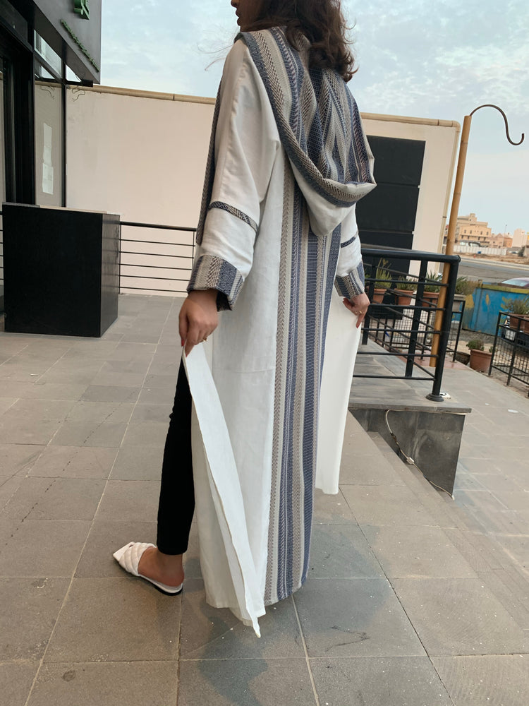 The Moroccan Abaya - suitable for all seasons - The untitled project