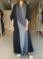 The Vencia Abaya - Luxury in style (Loose-fit) - The Untitled Project