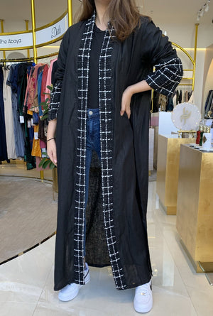 The Alaska Abaya - black is back - Online Shopping - The Untitled Project