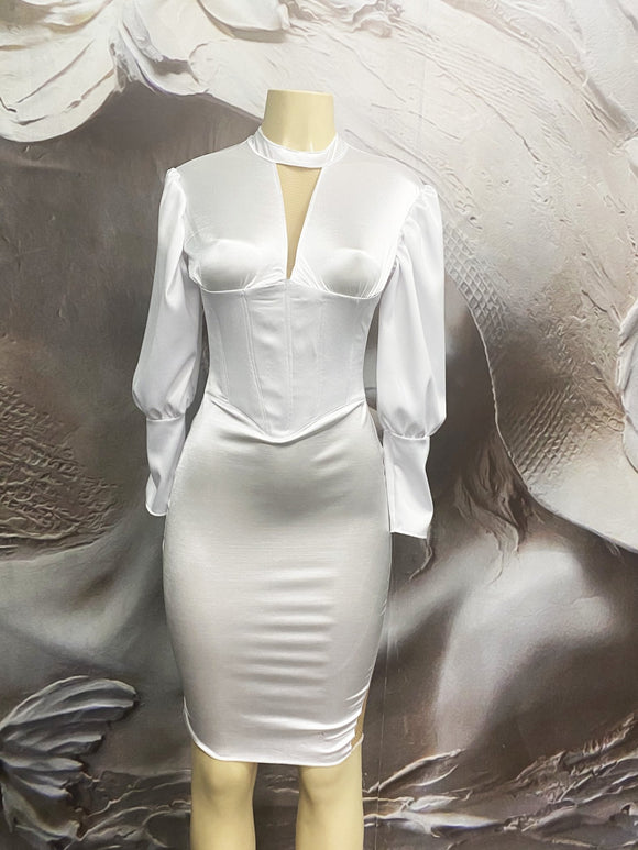 The Vintage White Fitted Dress - Binta Sagale Shop