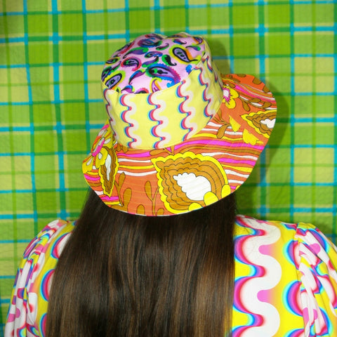 The LOLA Hat in Mix and Match Print