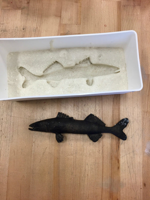Use InstaMold and rubber fish to create a mold for this Under the Sea 3D art.