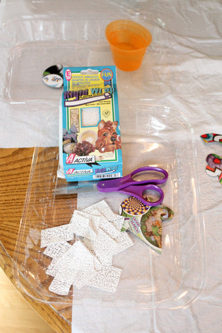 It's easy to make DIY Backpack Charms with Rigid Wrap from <em>ACTÍVA</em> Products.