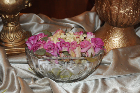 Dry Your Keepsake Flowers Using ACTÍVA's Flower Drying Art Silica Gel