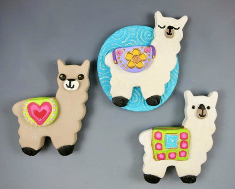 Make these adorable air dry clay llamas!  Use Activ-Clay air dry clay to create this wonderful project.