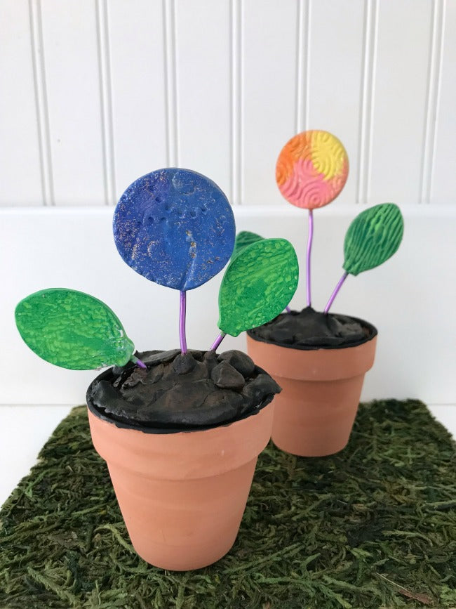 Air dry clay flower pots are a fun clay craft for all ages!