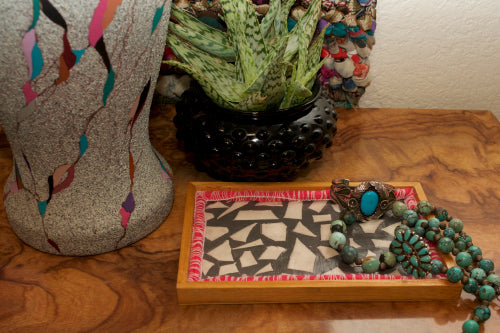 Learn how to make your own terrazzo trays with this easy project tutorial!  Use air dry clay to create this trendy look.  #terrazzo #airdryclay