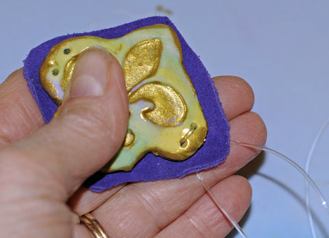 making an polymer clay jewel tutorial