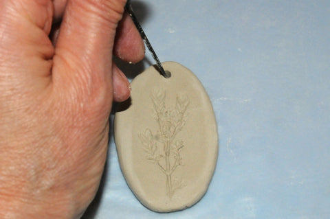 how to make an air dry clay pendant