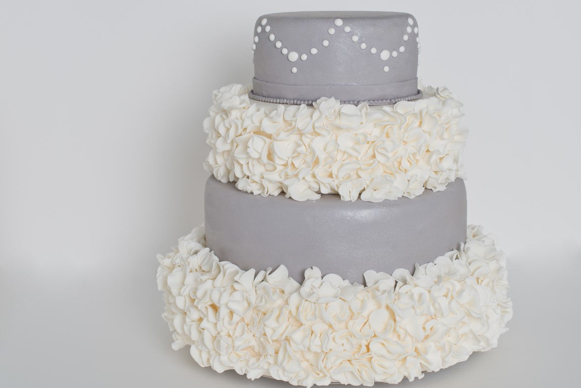 4-Tiered Round Cake with hydrangea-look alternate tiers