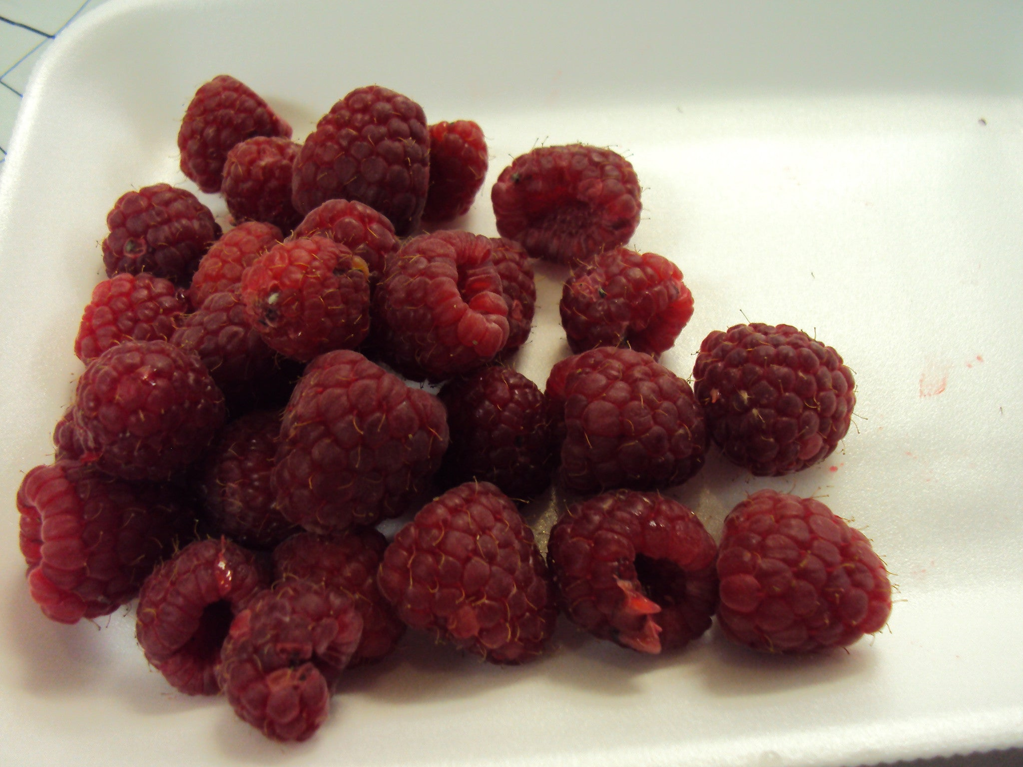 Raspberry.Your local Nutfree Bakery. We sell gift baskets, cakes, cupcakes and more. Call us today 613.384.5100