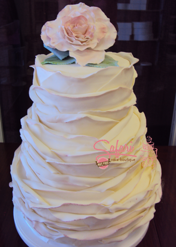 Sara - Wedding Cake
