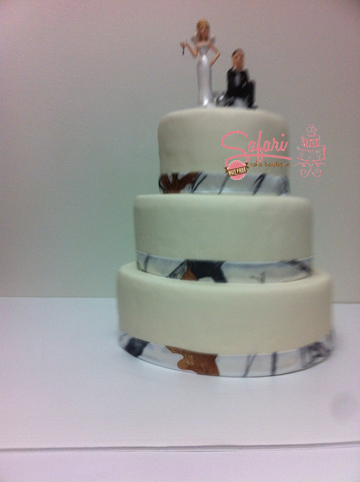 Camoflauge Wedding Cake