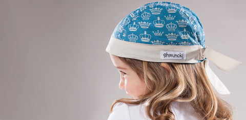 shmuncki Regal crown blue hat