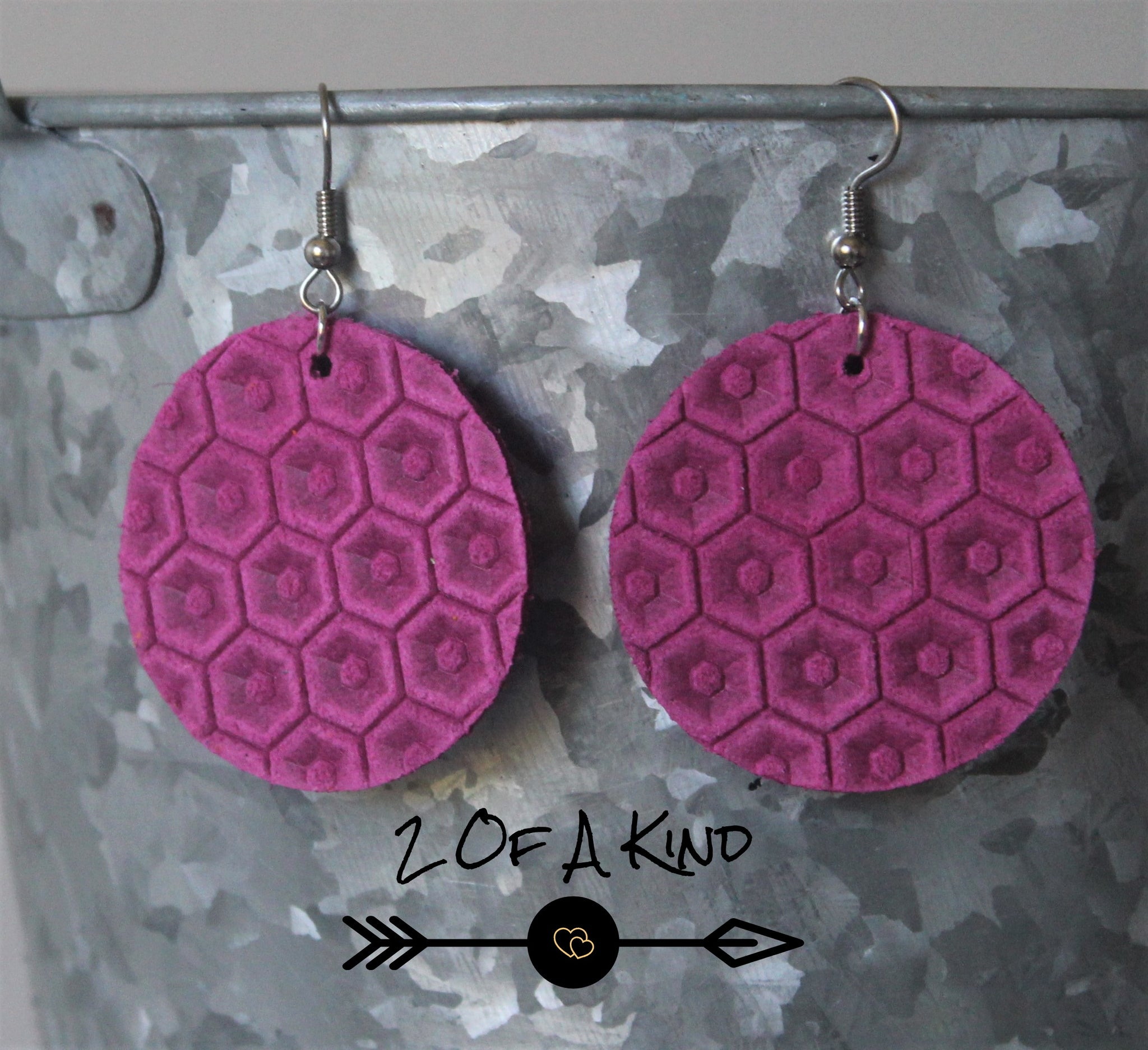 Pink Honeycomb Circle Leather Earrings