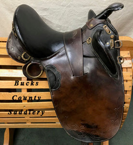 "16"" SQHB Australian Outback with overgirth and cinch"