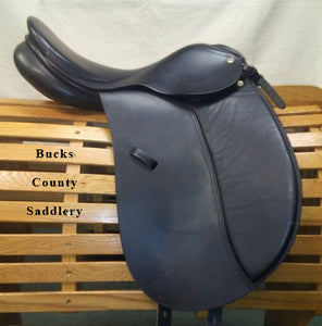 "17.5"" MN Bucks County Saddlery"