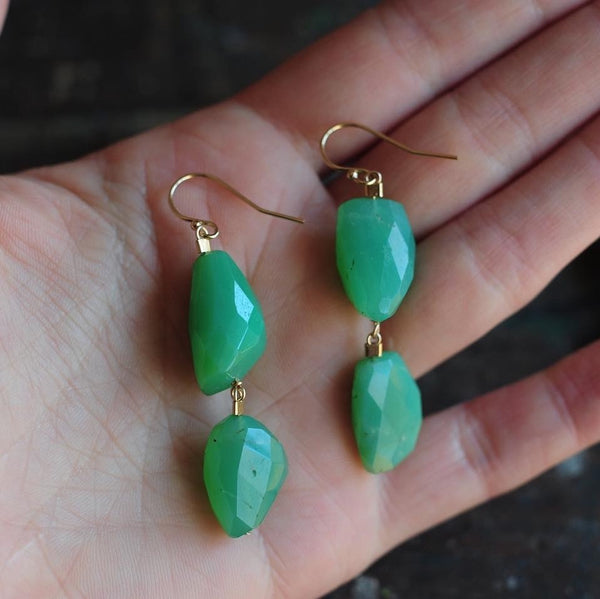 Drop Earrings in Chrysoprase