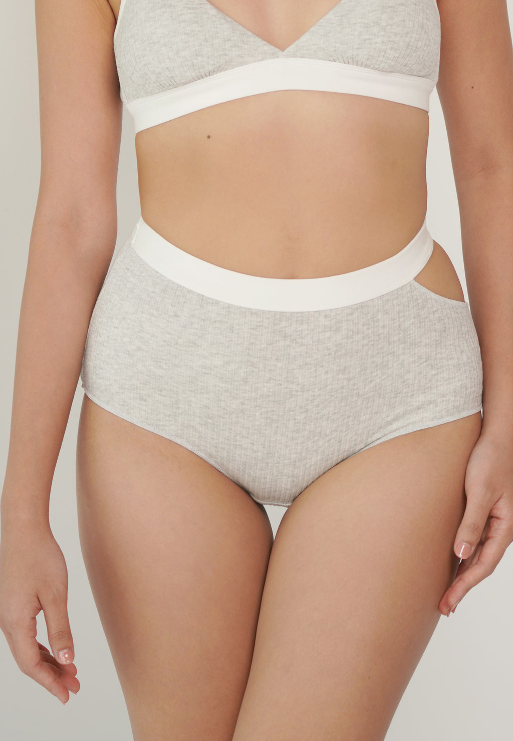 MOLLY BRIEF grey