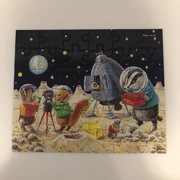 On the moon mini puzzle