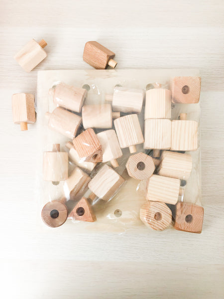 Wooden peg board