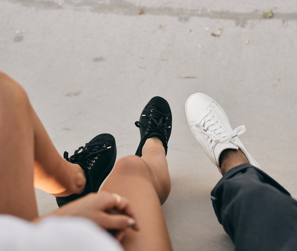 Vegan compostable sustainable sneakers Hope organic cotton natural gum sole in black WAES plastic-free sneakers shoot 2020    1970 compostable sustainable sneakers natural gum sole in white WAES plastic-free sneakers shoot 2020