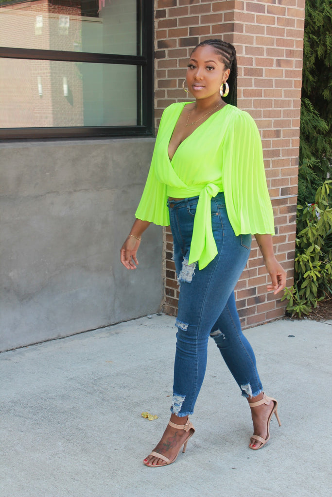 GO WITH THE FLOW TOP - LIME