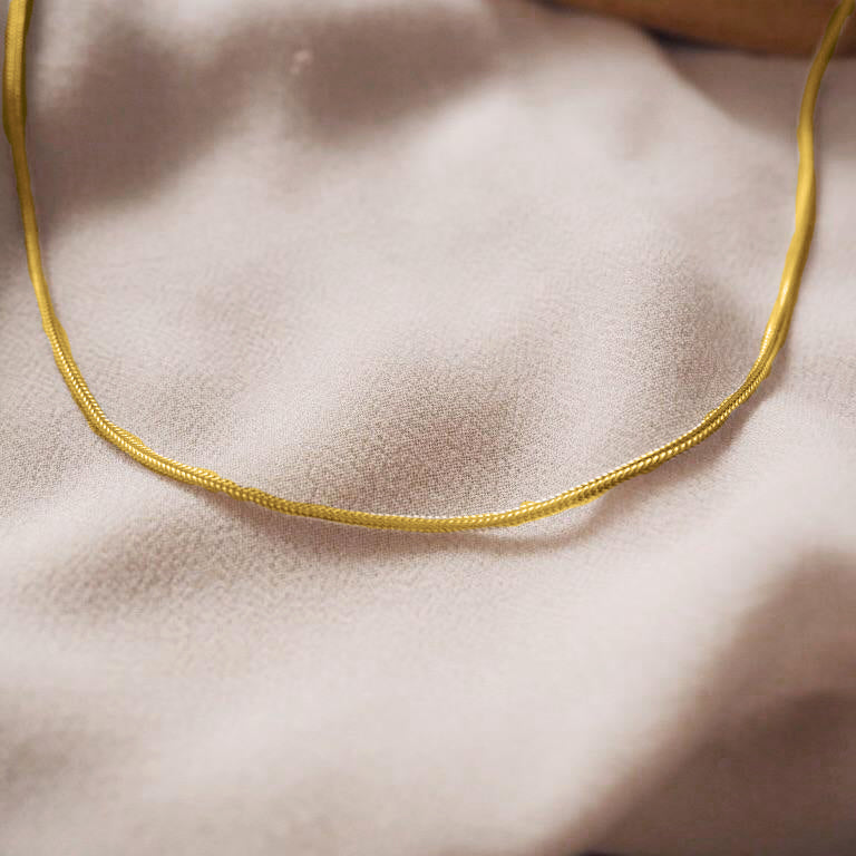 Basic Skinny Snake Necklace