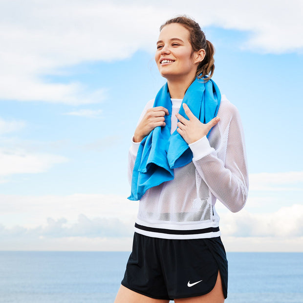 blue quick dry sports towel to wrap around shoulders