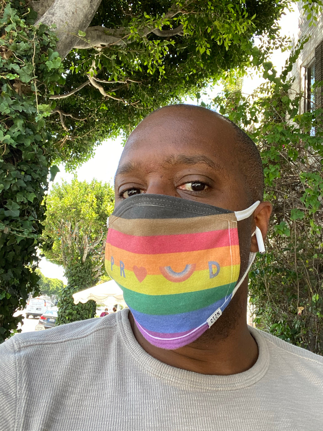 PROUD by CTZN JNS Oval-Shaped Philly Pride Face Mask