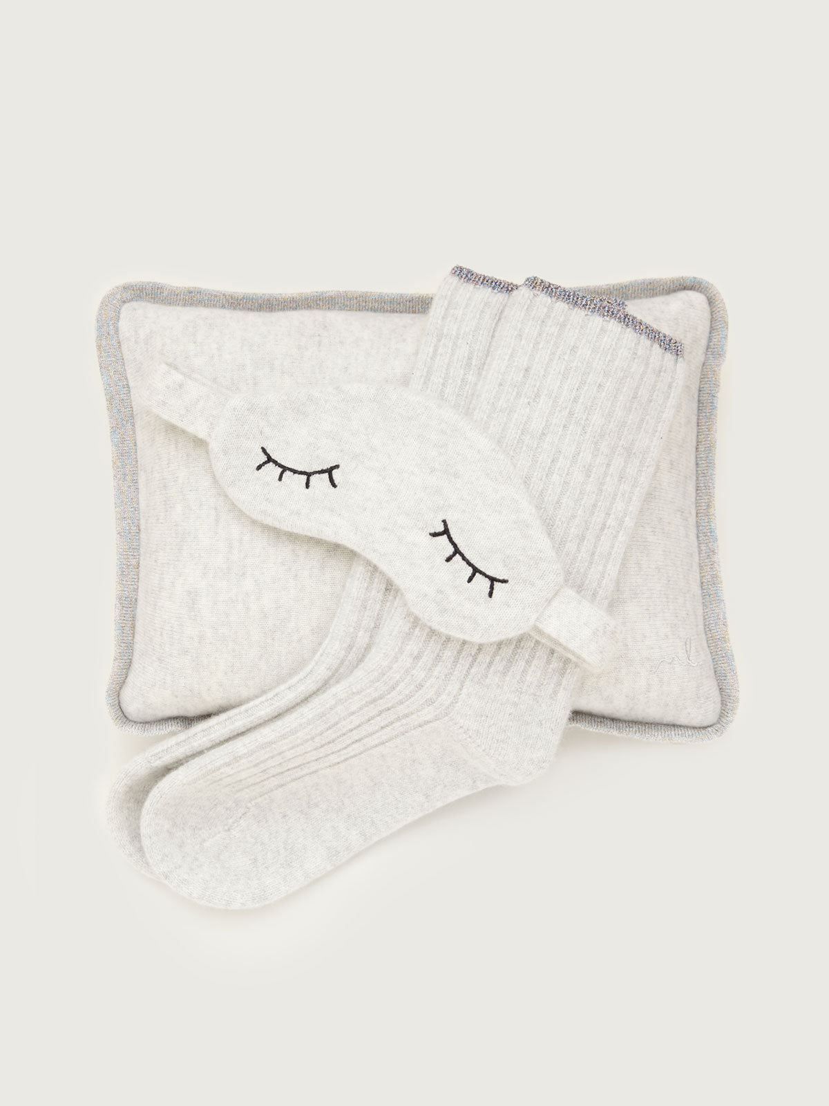 Sleepy Cashmere Gift Set in Pale Gray By Morgan Lane