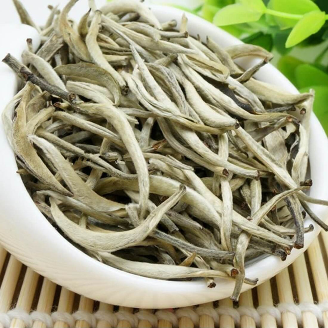 Premium Chinese Organic Bai Hao Yin Zhen Silver Needle White Leaf Tea - From Hunan Southern China (250g (8.81 ounce))