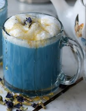 Load image into Gallery viewer, mermaid latte butterfly pea flower blue milk latte chai tea