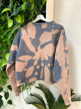Load image into Gallery viewer, Desert Motel Sweatshirt in Stone