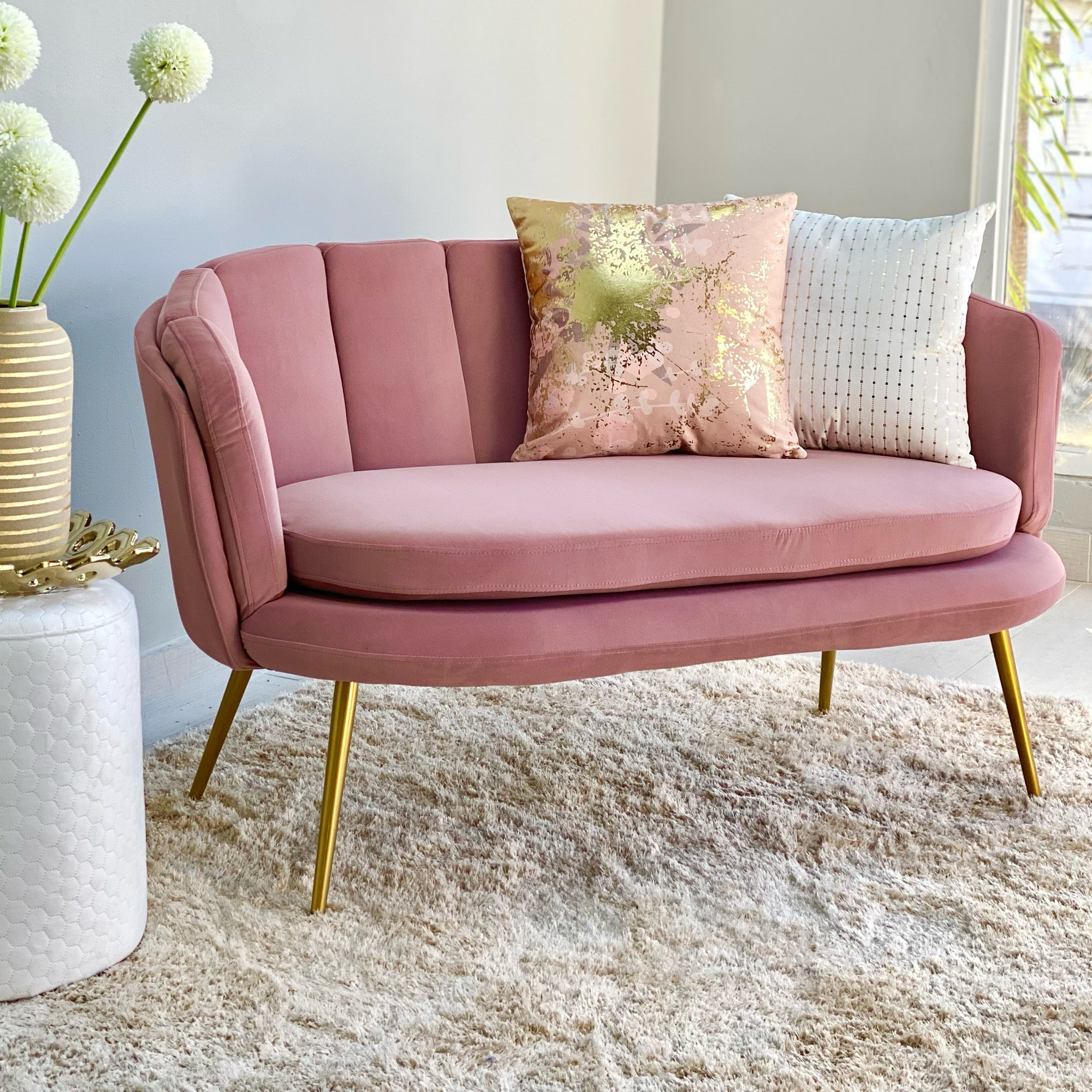 Pink Shell Shaped Loveseat