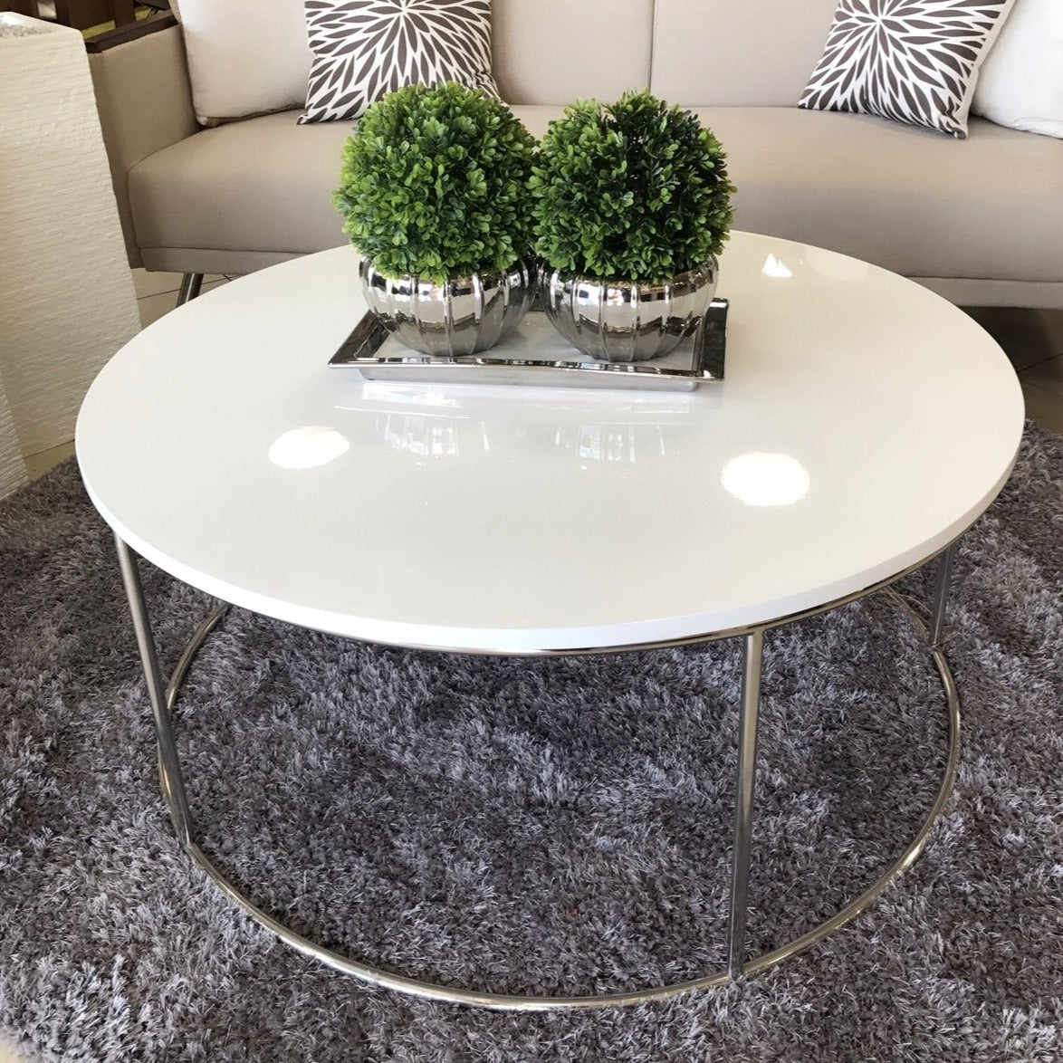 Alisa Round Lacquer White Coffee Table