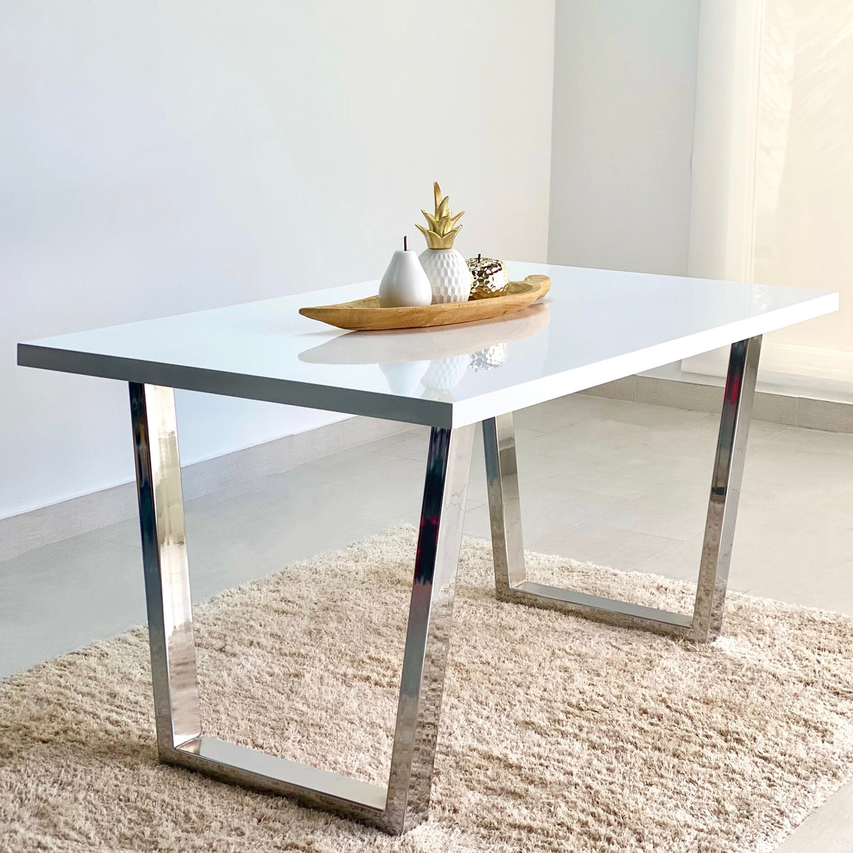 Clara Dining Table White Top