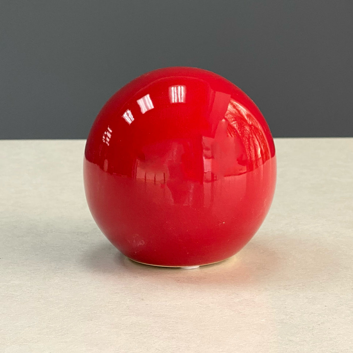 Riley Glossy Red Ceramic Ball