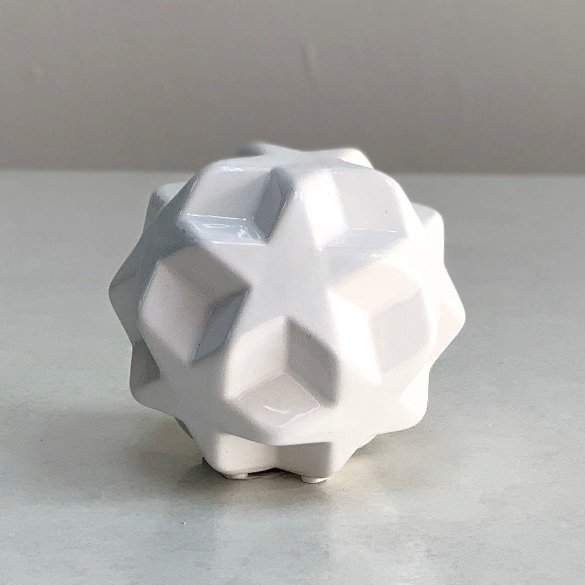 White Ceramic Star Ball
